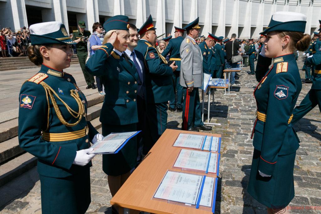 Изучаем военный перевод: выпуск курса военных переводчиков
